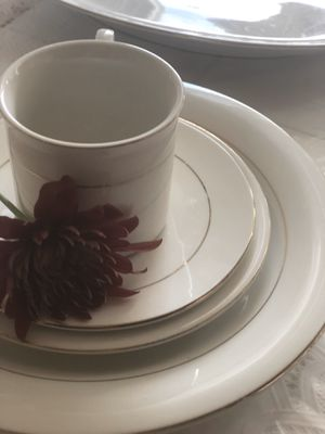 Dinnerware set for Sale in Tracy, CA
