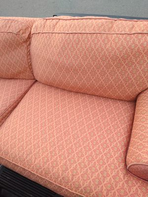 Sofa for Sale in Hilliard, OH