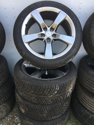 20 inch Camaro Rims & Tires (4 set), bumpers, lights, doors, hoods, radios ALL PARTS for Sale in College Park, GA