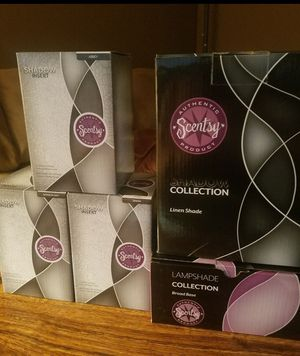 Shadow collection Scentsy warmer with inserts for Sale in Clinton Township, MI