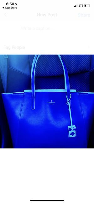 Kate Spade Ivy Drive Large Leather Tote in Navy/New Condition for Sale in McAllen, TX