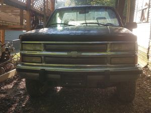 95 chevy 1500 z71 for Sale in Zanesville, OH