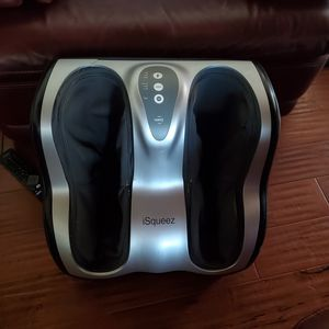 iSqueez foot massager for Sale in La Mirada, CA