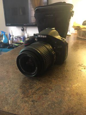 Nikon D5200 for Sale in Denver, CO