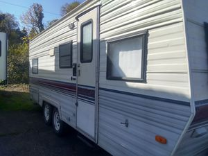1990 22 ft Terry resort travel trailer for Sale in Portland, OR