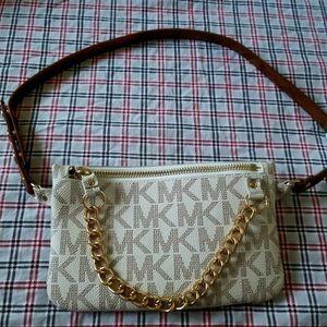 Bag MK for Sale in Colton, CA