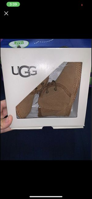 BRAND NEW 4/5 UGGS for Sale in St. Louis, MO