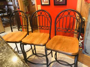 3 bar stools for Sale in Melrose Park, IL