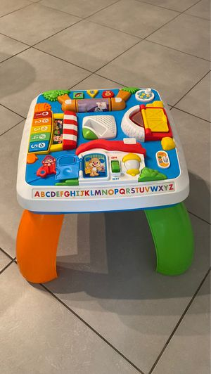 Kids Toy Desk for Sale in Fort Lauderdale, FL