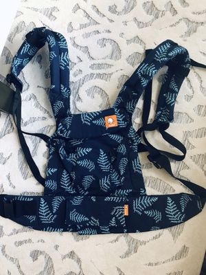 Tula Explore 6 in 1 baby carrier for Sale in Colorado Springs, CO