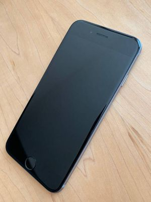 iPhone 6 - unlocked - 64gb - space gray - with Otterbox case and charger for Sale in Reston, VA