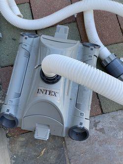 Intex Pool Vacuum Cleaner for Sale in Fullerton,  CA