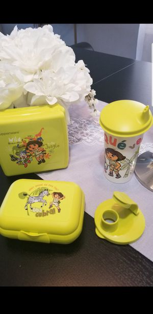 VINTAGE New set Tupperware for Sale in Chicago, IL