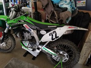 2016 Kawasaki kx450f low hours for Sale in Clackamas, OR