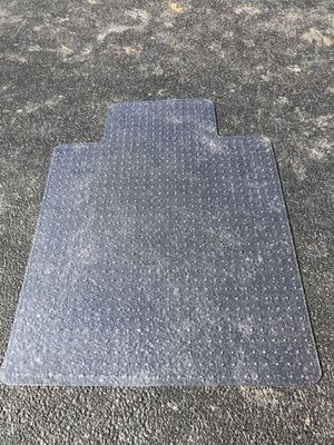 Office Chair Floor Mat Pad ( 5 of them!!) Carpet flooring for Sale in Northfield, IL