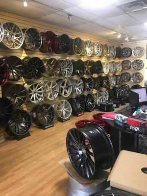Wheels rims staggered concave deep dish 5x112 5x114 5x120 bmw Mercedes Acura Honda Infiniti lexus Nissan Mazda Kia Mitsubishi Toyota Subaru scion for Sale in Brooklyn, NY
