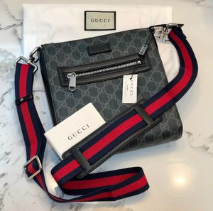 Gucci GG black small messenger bag for Sale in Azusa, CA