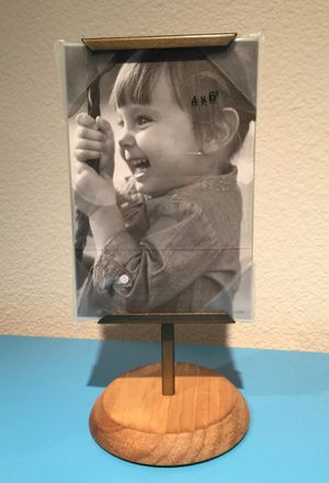 Threshold 4x6 Photo Frame/Stand for Sale in Austin, TX
