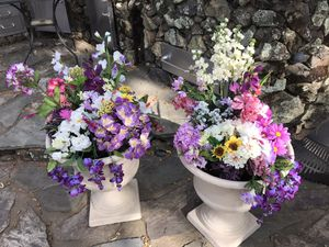 Artificial flowers for Sale in Bangor, CA