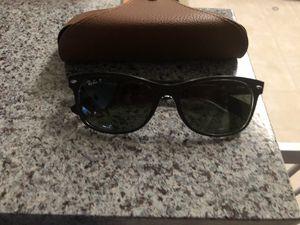 Ray Ban polarized wayfarers sunglasses for Sale in Manassas, VA