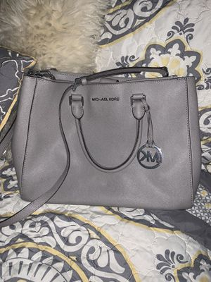 Mk bag for Sale in Plainview, NY