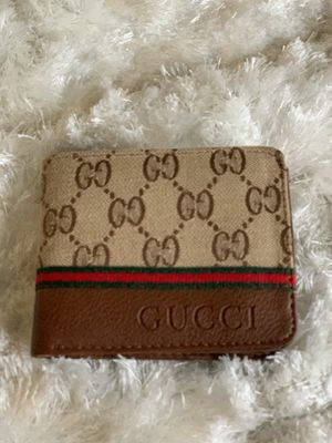 Gucci wallet for Sale in Plano, TX