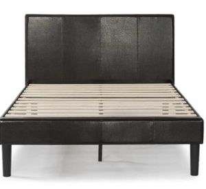 Queen deluxe faux leather platform bed by Zinus for Sale in Mount Vernon, NY