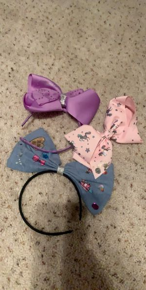 Jojo Siwa headbands and bow must take all for Sale in Indio, CA