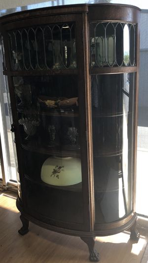 Antique circa 1915s Curio cabinet carved lions claw feet tiger oak with leaded glass for Sale in Anaheim, CA
