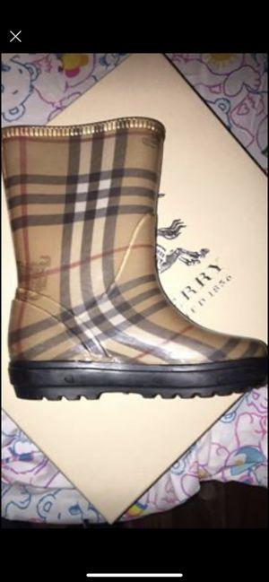 Burberry kids rain boots for Sale in East Longmeadow, MA