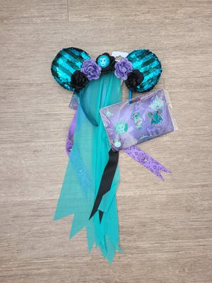 Minnie Mouse main attraction Haunted mansion ears and pin set for Sale in Phoenix, AZ
