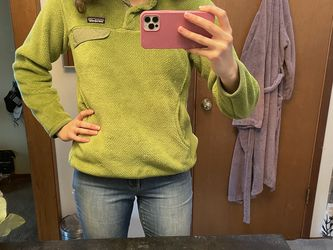 Green Patagonia Pullover for Sale in Seattle,  WA