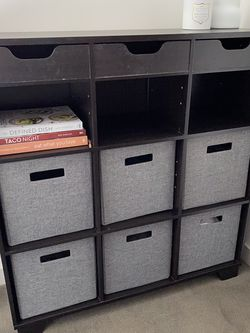 Cube Storage Shelves With 6 Collapsible Cloth Cubes for Sale in Seattle,  WA