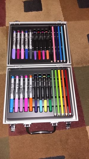 """Brand new """"""""Sharpie Art Kit """""""" for Sale in Lock Haven, PA"""