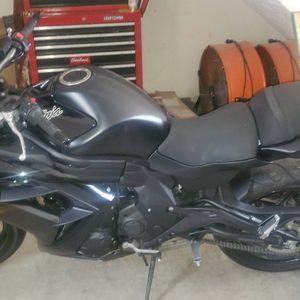 2013 Kawasaki Ninja650r for Sale in Boonville, IN