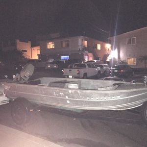 14 Ft Western Aluminum Boat And Trailer 750$ for Sale in San Diego, CA