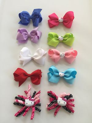 $20 FIRM Lot of 10 Hello Kitty Hair Bows IF POSTED THEN AVAILABLE for Sale in Plainfield, IL