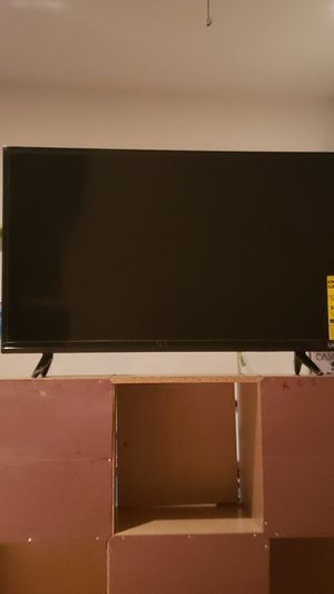 27 inch Vizio TV for Sale in Los Angeles, CA