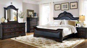 Cambridge queen bed frame for Sale in Fort Pierce, FL