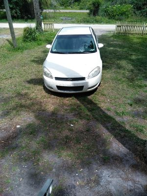 2008 Chevy Impala runs great needs new tire in the front n power steering pump n windshield is cracked 2000 obo for Sale in Zephyrhills, FL
