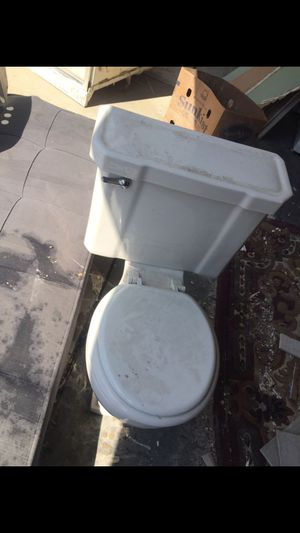 Toilet,and sink for Sale in Dearborn, MI