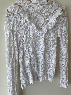 White Lace, Turtle Neck Blouse (S) for Sale in Alexandria,  VA