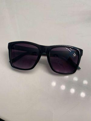 Gucci Sunglasses for Sale in Elk Grove Village, IL