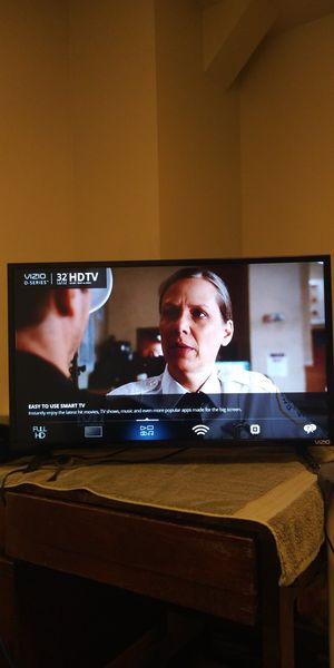 Vizio 32 inch flat screen TV for Sale in Pittsburgh, PA
