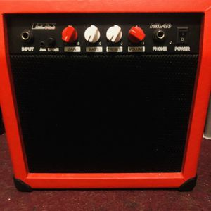 Electric Guitar Amp With Handle And Distortion Button for Sale in Seaside Park, NJ