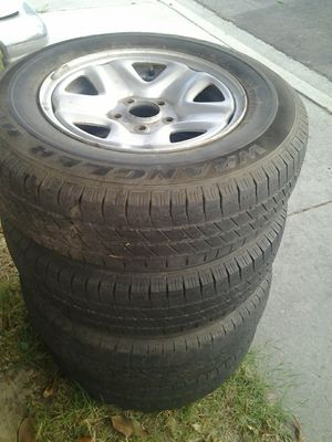 FREE,, JEEP,,15 TIRES AND RIMS for Sale in Oceanside, CA