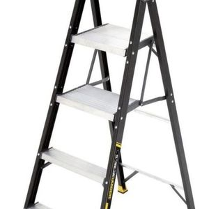 Brand: Gorilla Ladders Gorilla Ladders 5.5 ft. Fiberglass Hybrid Ladder with 250 lb. Load Capacity Type I Duty Rating (Comparable to 6 ft. Step for Sale in New York, NY