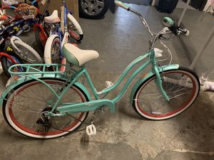 Schwinn Perla 26-Inch Tire Cruiser Bike for Sale in Atlanta, GA