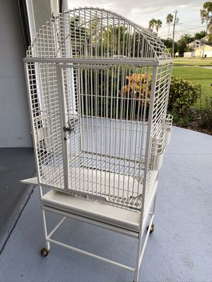 King size Bird cage for Sale in St. Petersburg, FL