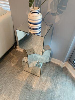 Modern Cube Pedestal for Sale in West Palm Beach, FL